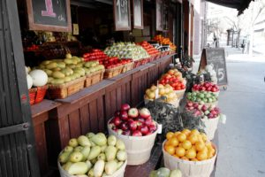 london-life-street-market-fruits-grocery